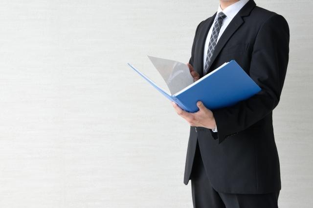 それ大丈夫?名刺や携帯…前職の情報利用の注意点